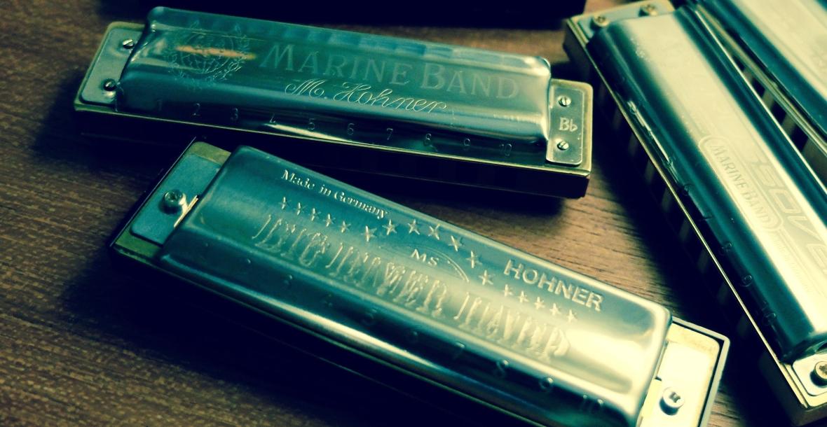 Welche Mundharmonika ist am besten für Blues geeignet? Und was ist die beste Blues-Harmonika für Anfänger?