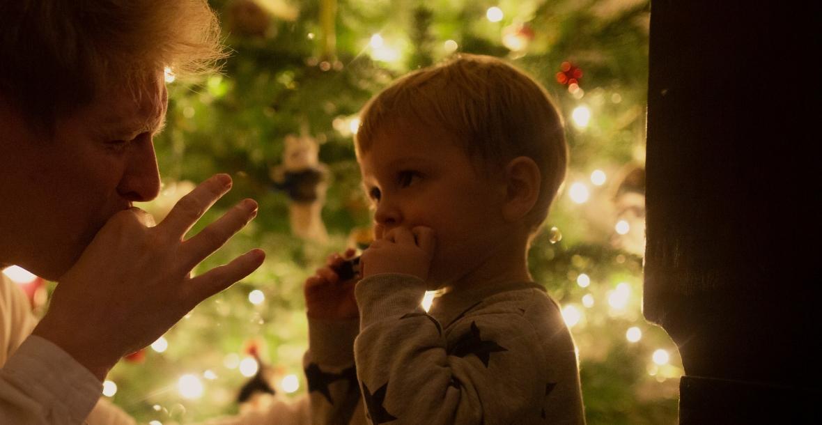 Tommy de Graaff mit Sohn & Mundharmonika